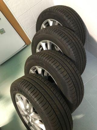 Juego 4 llantas y neumáticos Michelin Energy Saver
