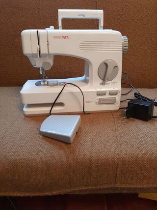 máquina de coser JATA