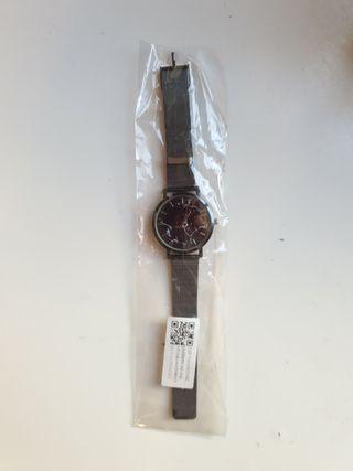 Reloj gris oscuro/ plateado