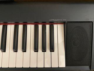 Teclado piano electrico yamaha piaggero np 12