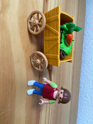 Playmobil niña con carro