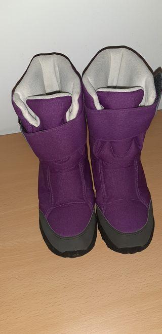 Urge vender botas nieve