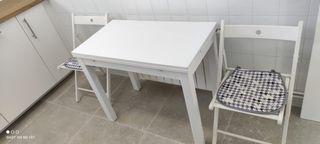 Mesa de cocina + sillas