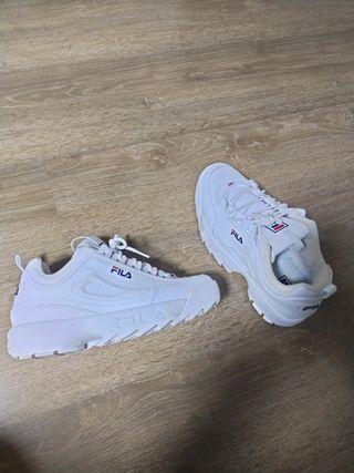 zapatillas fila 41