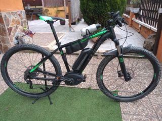 Bicicleta eléctrica CUBE REACTION RACE