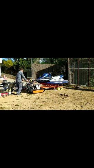 oruga para transportar moto de agua ,barca ,embarc