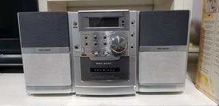 mini cadena cd,cassete y radio.