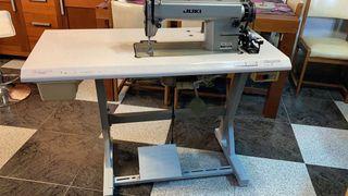 Máquina de coser industrial Juki