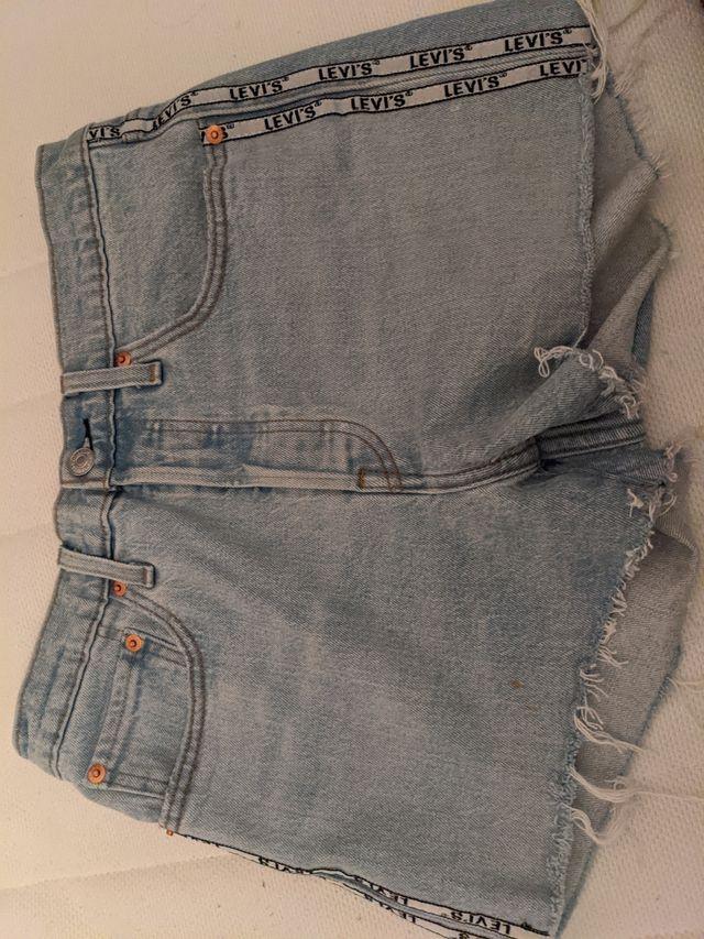 Levi's short jean