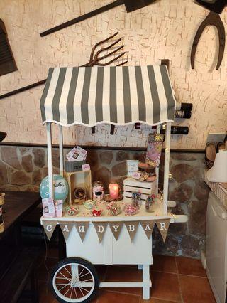 carro Candy bar y mesas dulces