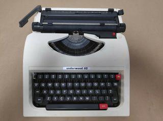 Máquina de escribir Underwood 112