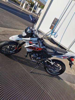 Moto 50cc ksr