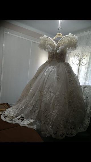 Vestido de novia italiano.