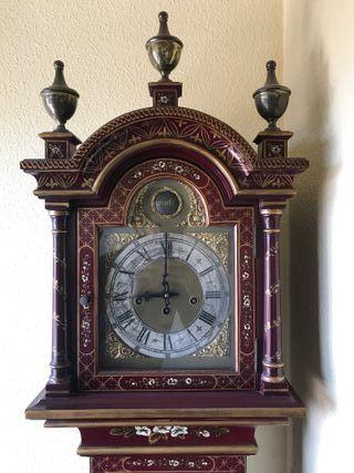 reloj antiguo inspiracion asiatica
