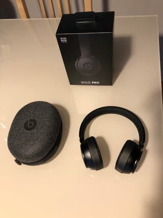 Auriculares Beats Solo Pro Wireless / Cancelación