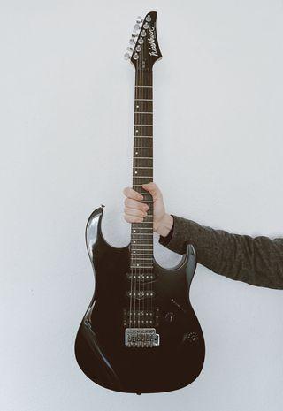 Guitarra Eléctrica Washburn Mercury MG-20