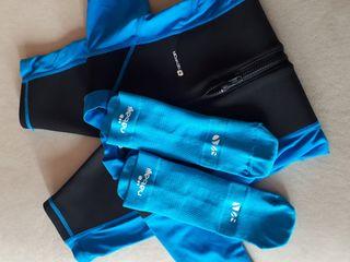 Neopreno-bañador+calcetines niño