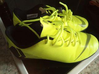 botas futbol sala36.5 Nike