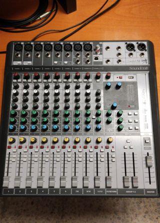 Mesa de Mezclas/Estudio SOUNDCRAFT SIGNATURE 12