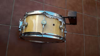Caja, Correa y tambor.