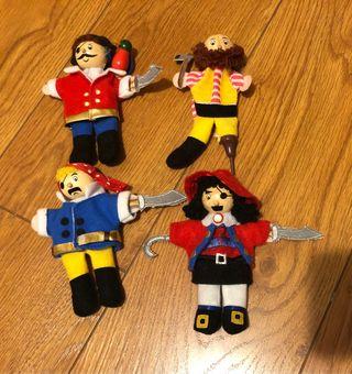Marionetas pirata de madera