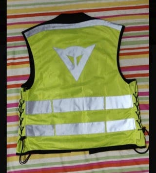 chaleco dainese