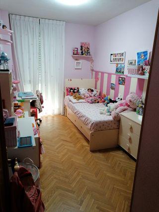 Habitacion niña completa.