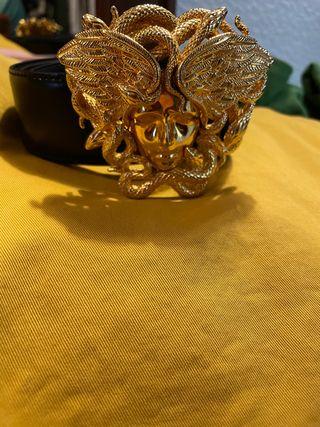 Cinturón medusa versace
