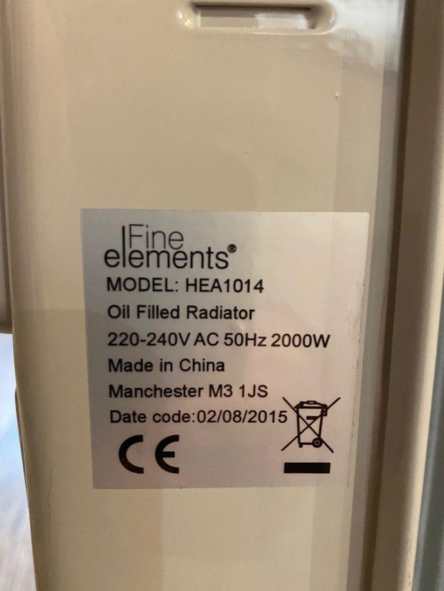 Fine Elements 9 Fin Oil Filled Radiator Heater