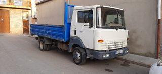 Camión Nissan Eco T-100 con volquete