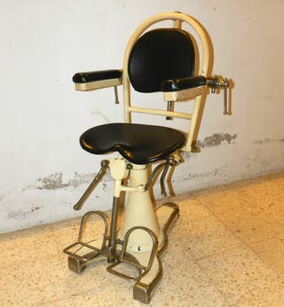 Antigua silla Barberia / Dentista. Años 20