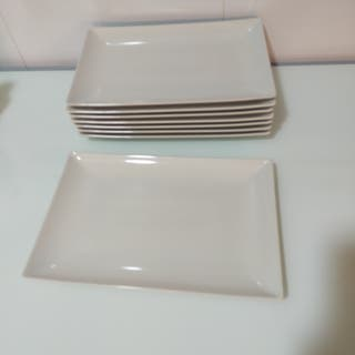 8 platos rectangulares y bandeja