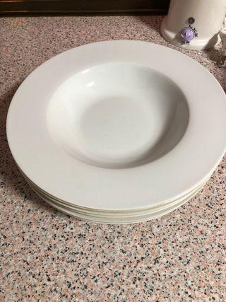 Platos hondos porcelana