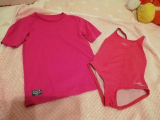 bañador y camiseta natación niña talla 4 Decathlon