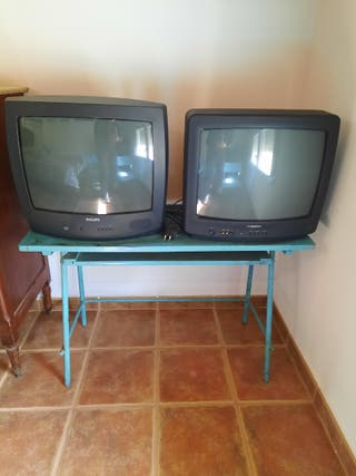 2 tv de 20 pulgadas por 20€