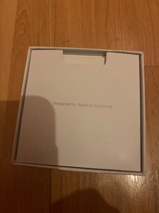 Apple AirPods Pro - Refurbished (SEALED)