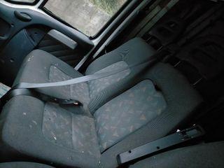 Interior de Citroen Jumper año 2002
