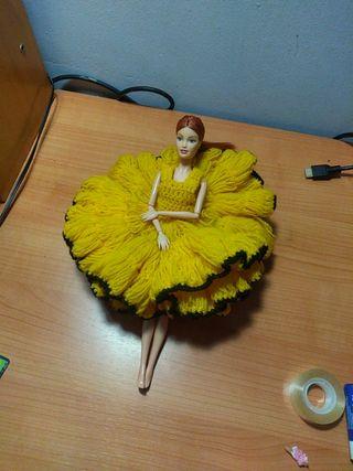 Increíble vestido antiguo para Barbie