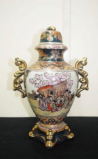 Antiguo jarrón chino Satsuma