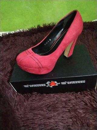 Zapatos de tacón: E.S.S