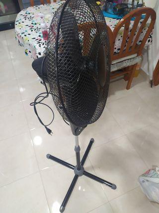 vendo ventilador usado en buen estado