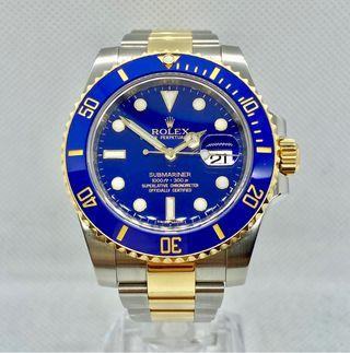 Rolex Submariner Date. 40MM. Smurf dial.