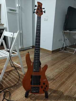 Bajo Yamaha TRB1 (Made on Japan)