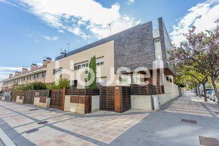 Casa de diseño, con 500 m² en Tudela, Navarra.