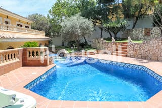 Casa en venta de 700 m² en Avenida dels Pins, (el