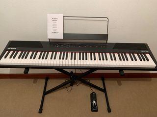 Piano Alesis + soporte para piano + pedal