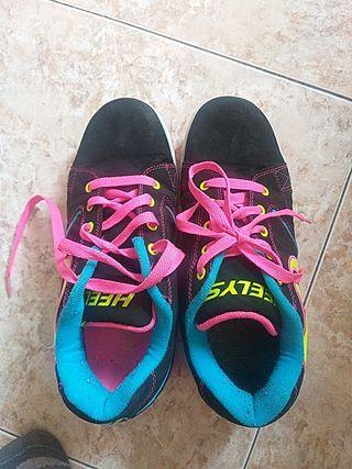 heelys. zapatillas con ruedas n°39