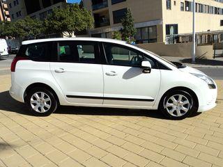 Peugeot 5008 CON 7 PLAZAS-GASOLINA-PERFECTO ESTADO