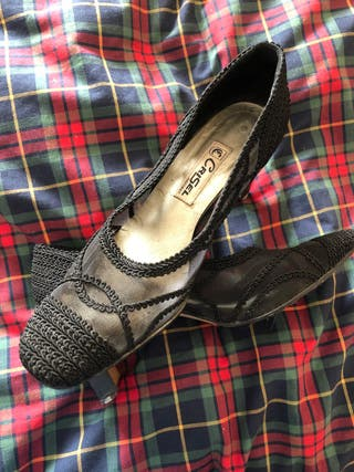 Zapatos pasamaneria