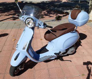 Vespa Primavera 125cc ABS como NUEVA (800KM)